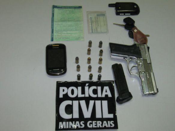 Pistola .40 usada nos assaltos de Cachoeira de Minas a Sapucaí Mirim.