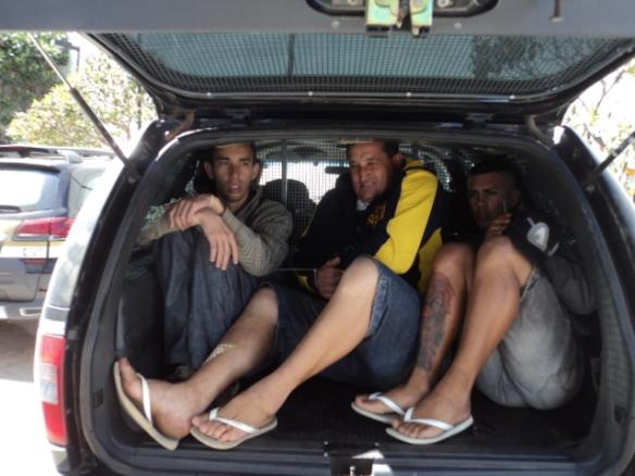 """Douglas, Marinaldo e Davidy: Mais de 200 quilômetros no porão da """"Arca de Noé""""..."""