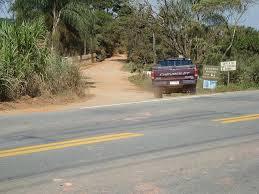 Por aqui se vai ao Cajuru, São Sebastião do Pantaninho e Pantano São Jose...!