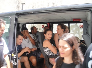 Hoje o Taxi não deu conta... Foi preciso uma Van!
