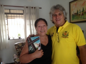 A professora Marla Paiva e o aluno Airton Chips, 45 anos depois...!